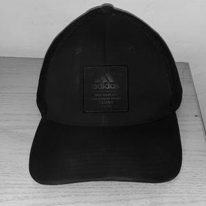 Adidas black snapback Hat (Cap)